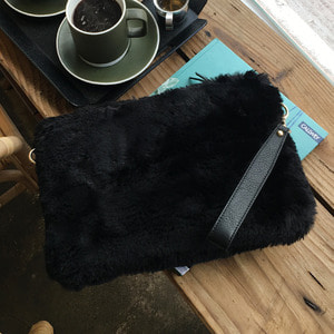 Fur Clutch Black /25%SALE/